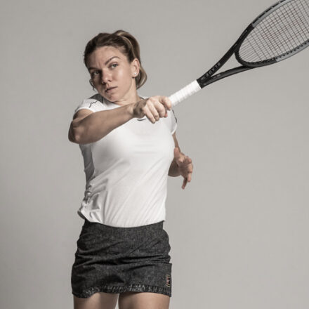 18-2569_SS20_GBL_Blade_Marketing_TE_Campaign_ePDP_Tour_Player_Support_Images_Halep